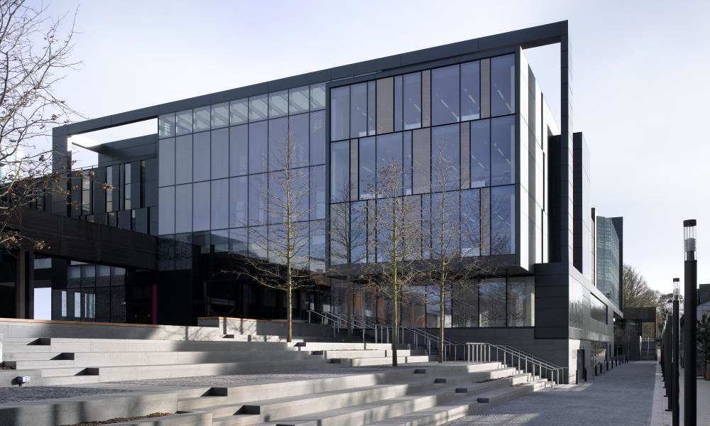 External view of John Henry Brookes building, Oxford Brookes University.